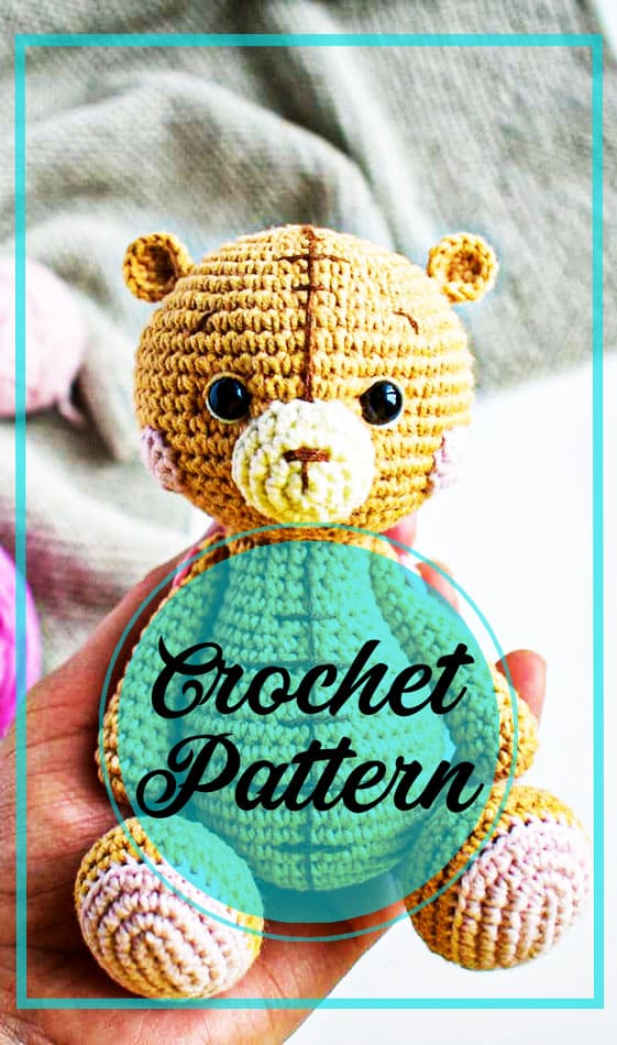 Teddy bear amigurumi with bow tie crochet pattern