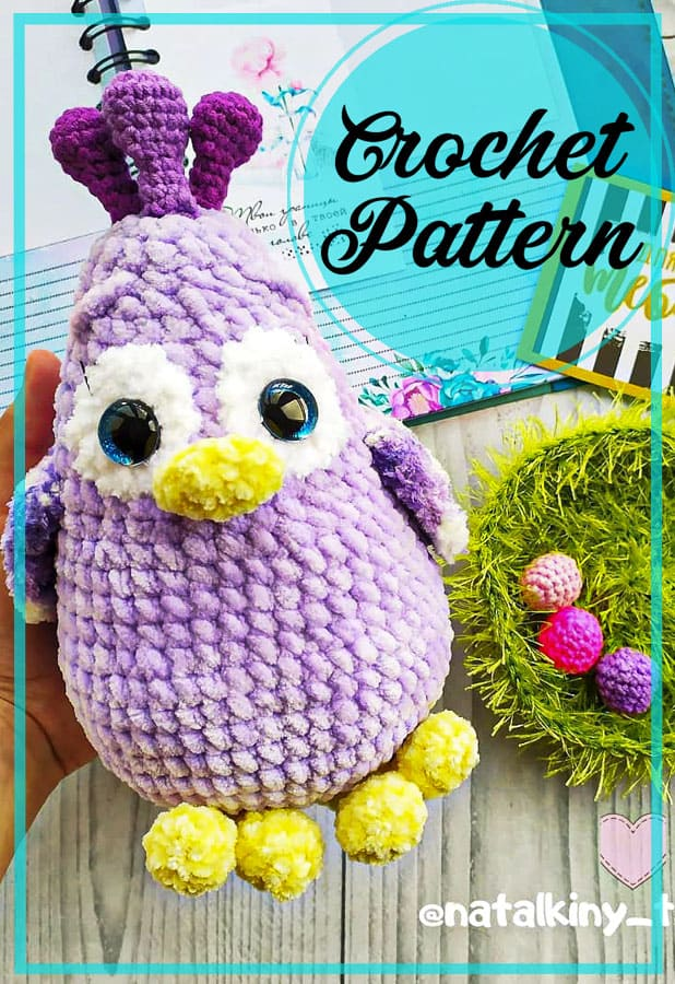 plush-chicken-amigurumi-free-crochet-pattern