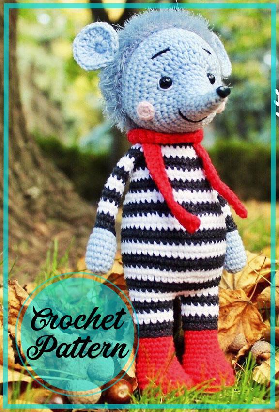 Hedgehog with scarf amigurumi free pattern