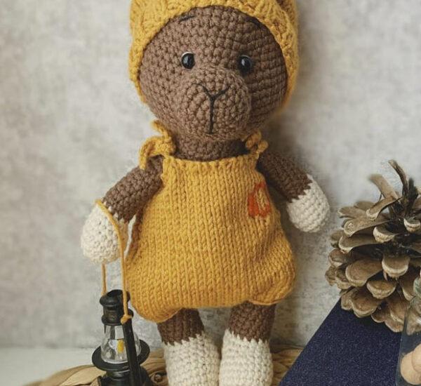 Little Llama Amigurumi Crochet Pattern