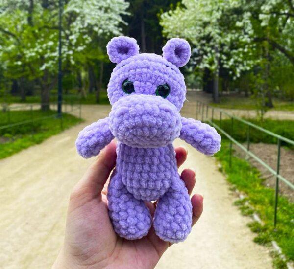 Easy Velvet Hippo Crochet Amigurumi Pattern