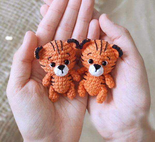 Mini Tiger Keychain Amigurumi Crochet Pattern